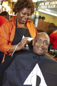 Barbers Help Researchers Battle HIV in Brooklyn